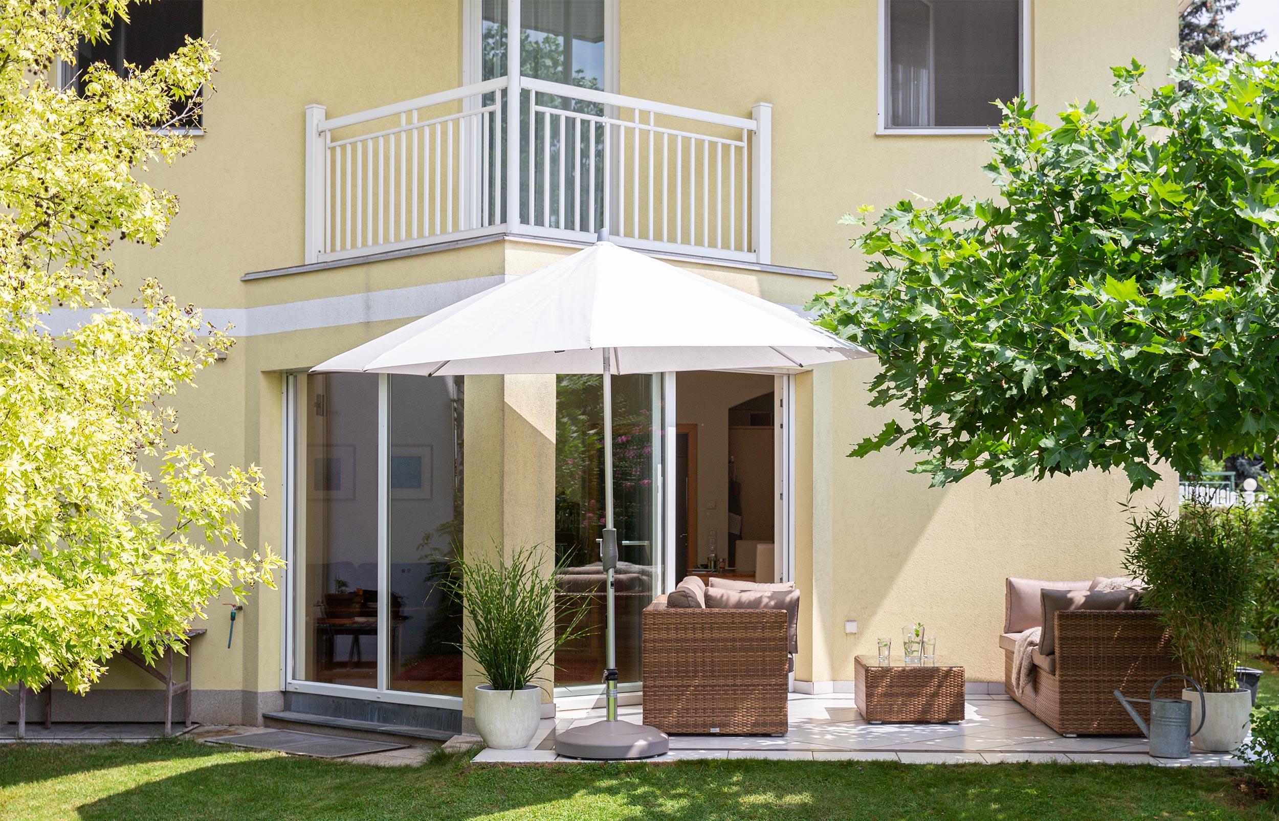 Bestens gepflegtes Einfamilienhaus mit Garten und Garage