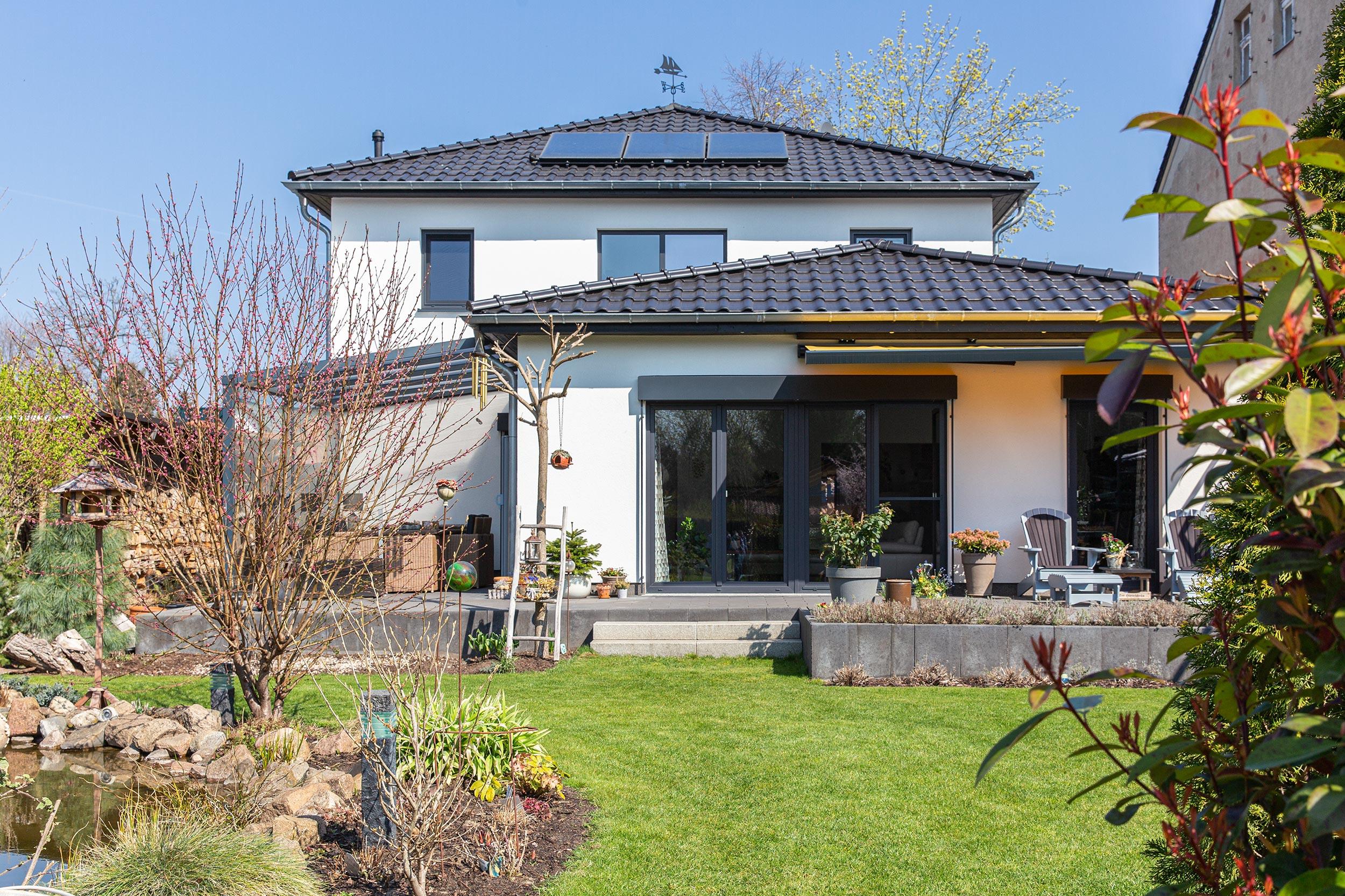 Villa mit Sonnengarten